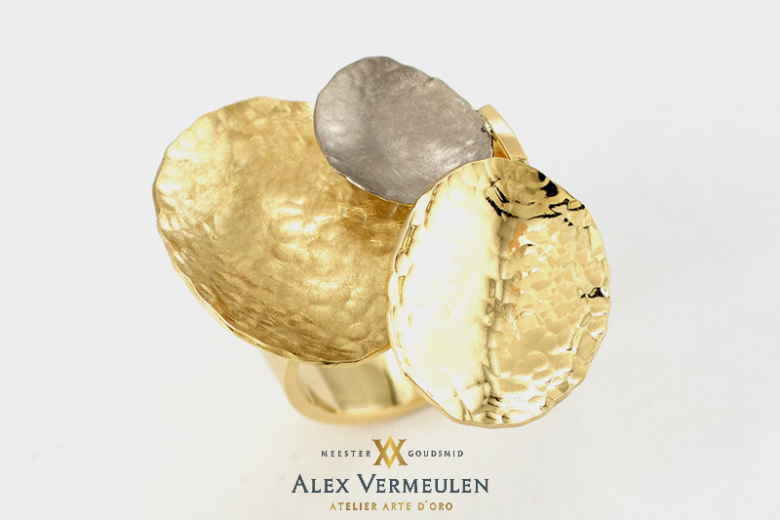 ring-groot-endlos-meestergoudsmid-alex-vermeulen